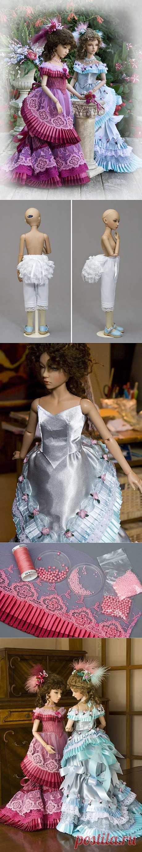 Los vestidos para la muñeca en el estilo Victoriano.