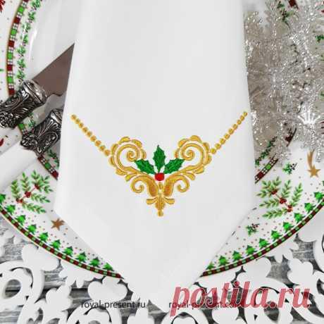 Новогодний угловой орнамент с остролистом узор для машинной вышивки