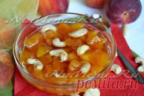 Варенье из персиков с орехами на зиму: рецепт с фото