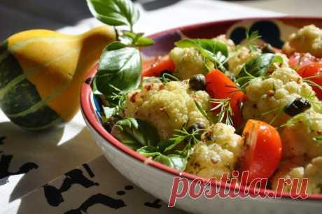 Необычно;) Свежий салат с подмаринованной цветной капустой — Вкусные рецепты