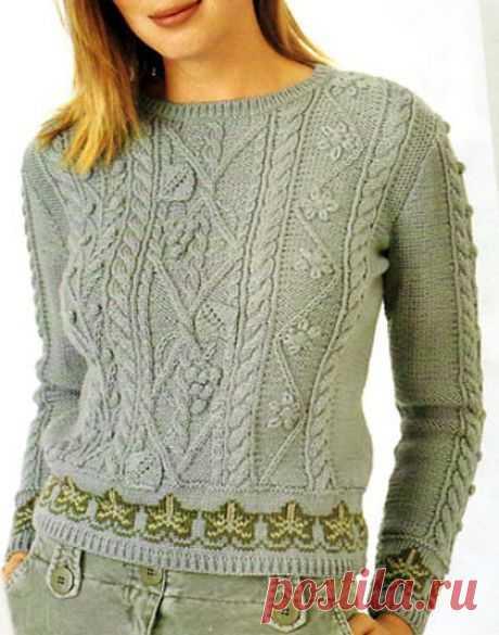 Пуловер с растительными узорами в разных техниках