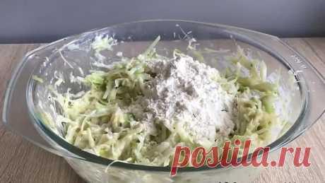 капустные оладьи с сыром.