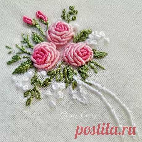 Вышиваем розы рококо