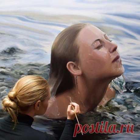 Художница рисует невероятно реальные картины