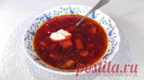 Суп свекольник на курином бульоне с куриным мясом Рецепт приготовления вкусного супа свекольника с куриным мясом на курином бульоне. Свекольник получается красивого, яркого и насыщенного красного цвета.Ингредиенты для приготовления супа:• Картофель 7...