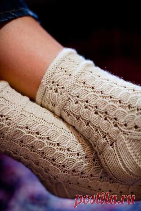 Ravelry: Rubus suberectus Socks pattern by Hunter Hammersen | socks 2 | Ravelry, Образец и Охотники