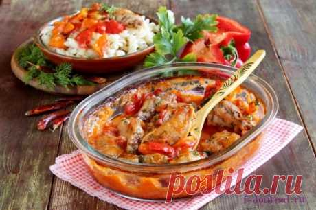 Paprikash from chicken on Hungarian: the step-by-step recipe with a photo