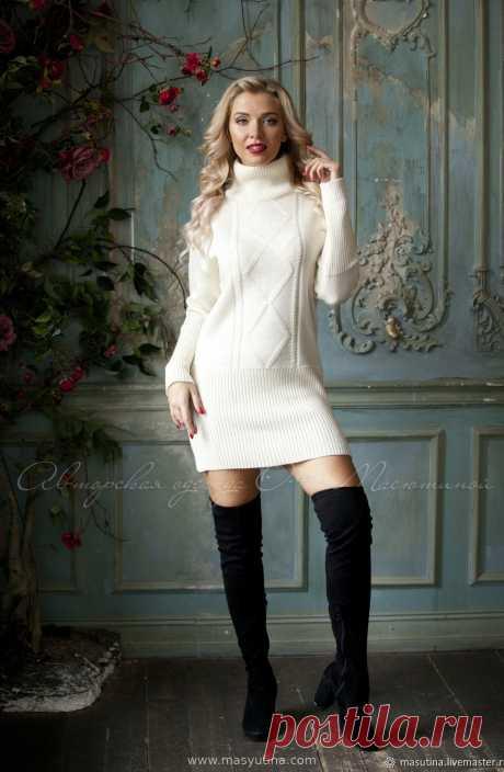"""Платье """"Снежная принцесса"""" Комфортное платье-свитер фасона оверсайз! Практичная и удобная модель, не сковывающая движений! Отлично будет смотреться с леггинсами, ботфортами и обувью в стил�"""