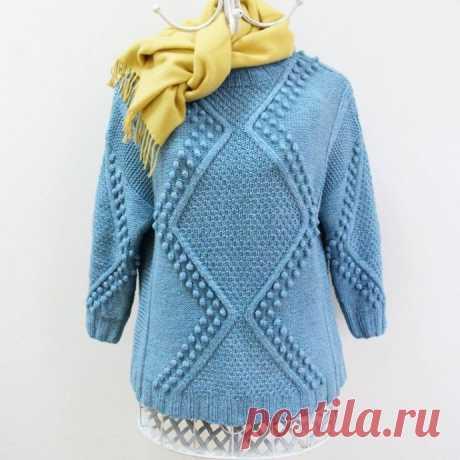 Очень красивый пуловер с необычным сочетанием узоров