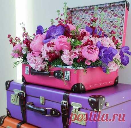 Доброта это язык,  который могут слышать глухие и видеть слепые.. Марк Твен   А мне сегодня передали чемодан от ушедшего лета...и цветы...