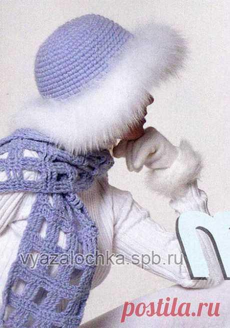 Зимняя шапка крючком с мехом и шарф «шахматка»