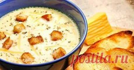 ТОП-6 САМЫХ ПРОСТЫХ СЫРНЫХ СУПОВ  1) Сырный суп по-французски с чесночными гренками  ИНГРЕДИЕНТЫ: - куриное филе — 400 г - мягкий плавленый сыр — 200 г - картофель — 3 шт. - морковь — 1 шт. - соль, мо...