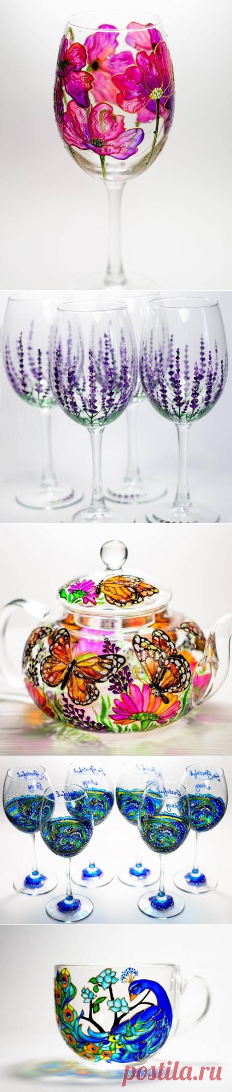 Красочная стеклянная посуда, украшенная художницей из Киева