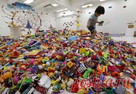 Три главные причины, почему нужно убрать почти все игрушки из детской   Мамам и малышам   Яндекс Дзен