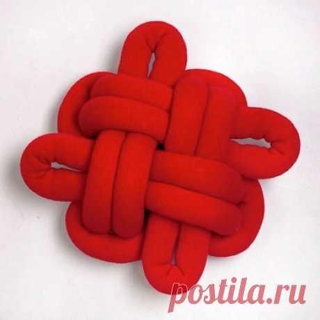 Декоративная подушка-узел своими руками | Своими руками