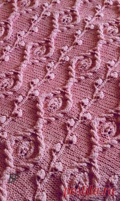 El dibujo en relieve por los rayos \u000a\u000aDe la belleza extraordinaria la cinta, que exigirá la diligencia y la minuciosidad, vinculado por los rayos. La cinta representa las sendas verticales de los entrelazamientos de las trenzas y decorativo vetochki, con las hojas estilizadas. La cinta es buena a la labor de punto de la ropa de abrigo. Por ejemplo por tal cinta es posible vincular la chaqueta en el estilo étnico. Todos los motivos en relieve de la cinta están situados sobre la tela vinculada iznanochnoy gladyu. El modelo llevado es vinculado del hilado 100 % el algodón, es no hermoso...