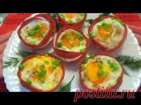 Ну очень вкусная яичница в колбаске! Съедается молниеносно! Простые и красивые рецепты!