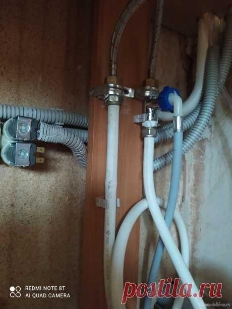 Кондиционер не требующий жадных и кривых установщиков Стоимость системы для охлаждения помещения для комфортного пребывания в жаркое время около 2500р 1. внутренний блок Toshiba БУ 1000р. 2. Шланги, фитинги, термоизоляция, кабель, автомат 6А 1000р. 3. Электроклапан от стиральной машины б/у 500р. 4. Работа по монтажу заняла два дня по 3 часа по
