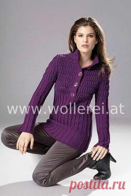 Два красивых стильных пуловера спицами