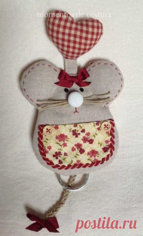Ключница-мышонок детскими руками