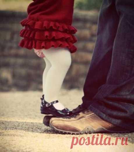 Воспитание дочки, как стать любимым папой » Notagram.ru Правила воспитания, которые должен знать каждый отец девочки. Что делать, чтобы быть любимым папой для дочери. Как правильно воспитать дочь.