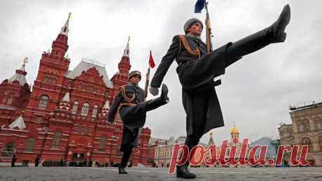 Мировой капитал ждал, что Россия развалится как СССР, но мы выжили  Переживаемая человечеством пандемия коронавируса стала катализатором глобального экономического кризиса. На наших глазах рушится модель либеральной глобальной экономики.  Это заставляет нас вспомнить о фундаментальных вопросах: что такое капитализм, как он возник, что с ним может быть в будущем?