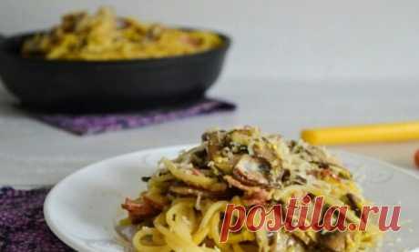 Аппетитная паста карбонара с беконом, грибами и сливками: пошаговый рецепт приготовления