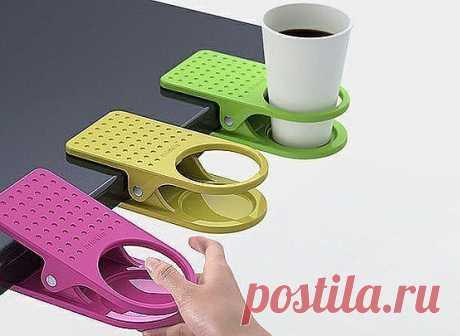 О, да да...прищепочки на компьютерный стол...мммм...и чай, кофе не прольётся на клавиатуру :)