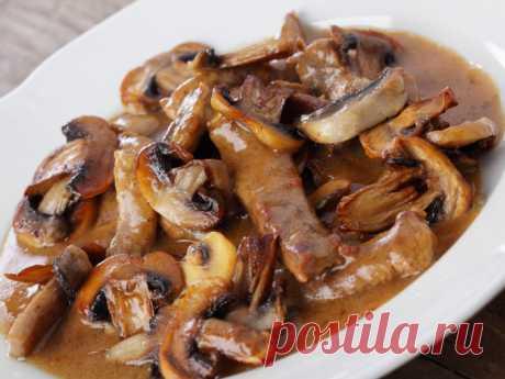 Бефстроганов с грибами и сливками: пошаговый рецепт - Smak.ua
