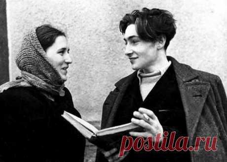De Vyachelav Tijón y Nonna Mordyukova: «se han estrechado, como el hielo y plamen»