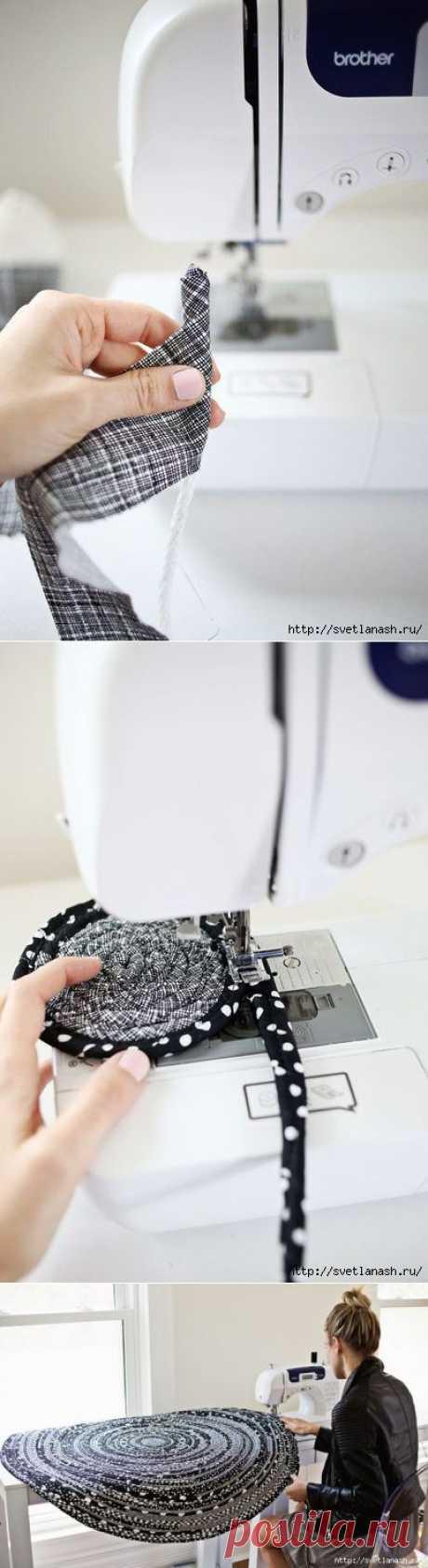 El tapiz pequeño verevochnyy por las manos. MK.
