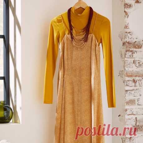 Сочетайте стиль и комфорт благодаря нашим модными новинками, которые помогут создать вам элегантный повседневный образ. Колье: 0818893 Водолазка: 0798763 Платье: 0773818 #HM