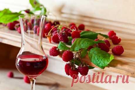 Малиновая наливка в домашних условиях | Напитки и еда | Яндекс Дзен