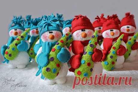 Махровые снеговики своими руками: шьем уютные игрушки   Крестик