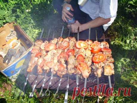 38 рецептов шашлыка - из мяса, рыбы и даже картошки на майские праздники.