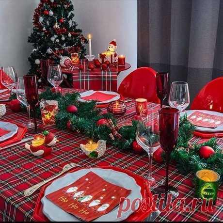Как украсить новогодний стол: 40 идей декора ~ ALL-DEKOR
