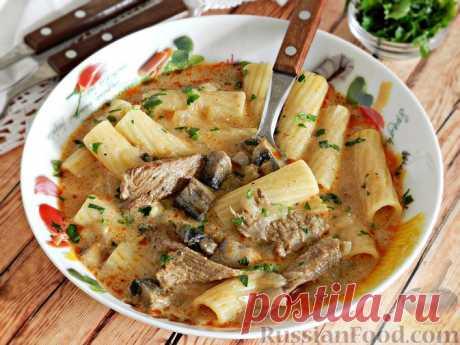 """Густой суп """"Бефстроганов"""" с макаронами и грибами - роскошный, невероятно ароматный, сытный"""