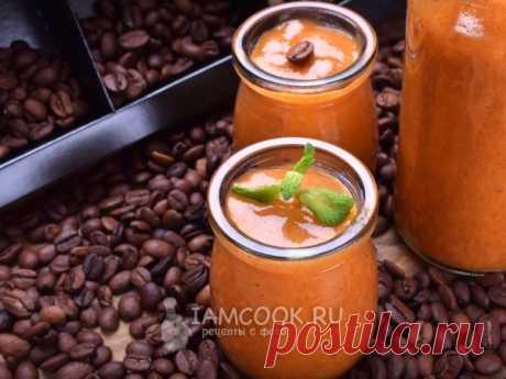 Кофейный смузи с хурмой — рецепт с фото Необычный смузи со вкусом и ароматом кофе. Бодрящее лакомство.