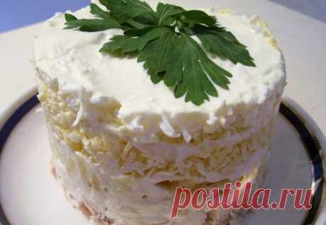 Топ-6 ¡vkusneyshih de las ensaladas con el filete de gallina hacia el Nuevo Año!