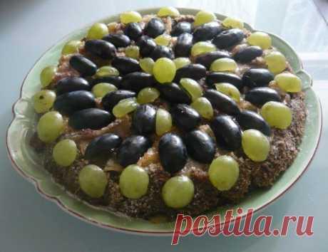Яблочно - виноградный маковый пирог, к празднику Преображения