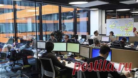 В правительстве заявили, что не могут отменить восьмичасовой рабочий день - Новости Mail.ru
