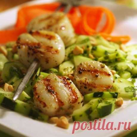 Салат с гребешками: 8 рецептов просто объедение