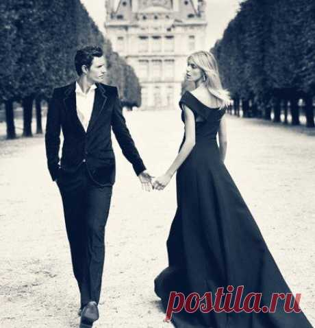 Идеальный мужчина и идеальная женщина никогда не встретятся: потому что она с первого раза не соглашается, а он два раза не спрашивает.