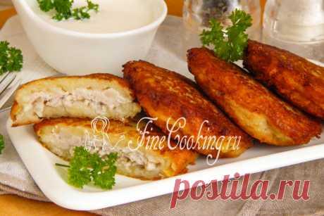 Драники с фаршем Аппетитные, румяные картофельные драники можно приготовить не только в виде тонких золотистых блинчиков.