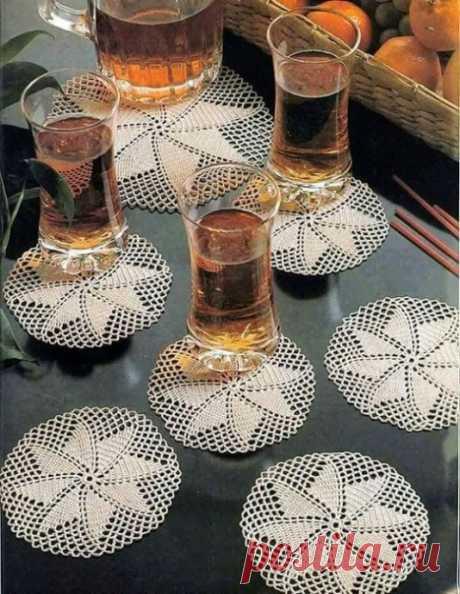 Красивые вязаные подставка для изысканной сервировки стола из категории Интересные идеи – Вязаные идеи, идеи для вязания