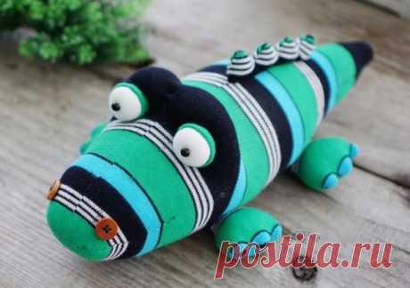 Игрушки из носков: полезные советы, способ изготовления в домашних условиях