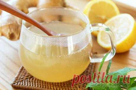 Польза воды с медом и лимоном — 5 секретов для красоты и долголетия Вода с медом и лимоном натощак — польза, о которой вам, скорее всего, рассказывала еще бабушка. Рецепт этого сочетания действительно уходит вглубь веков. Сегодня же и профессионалы по всему миру подтв...