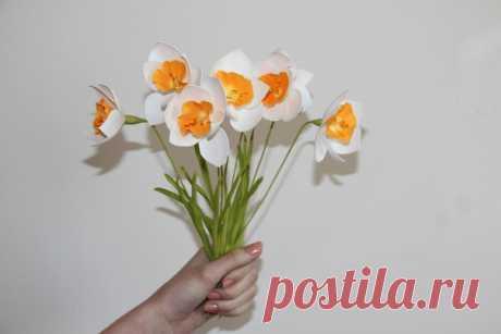 Добрый вечер, в субботу 1 Апреля в 13:00, состоится взрослый мастер класс по изготовлению нарциссов из фоамирана. Вы научитесь создавать эти милые и красивые цветы. Которые не когда не стыдно подарить например на день рождение, 8 Марта и т.д.. Мест ограниченно!!! Запись и все подробности по телефону 8-908-11-30-223 Ольга.  Цена 350 руб. вместе с материалами.