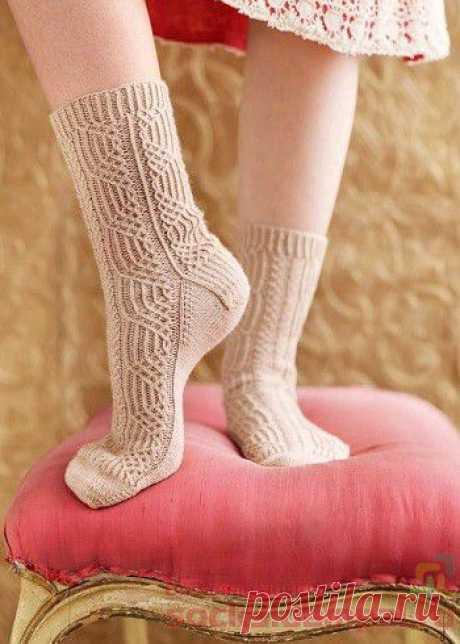 Вязаные носки «Basket Case»   ВЯЗАНЫЕ НОСКИ