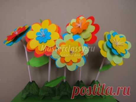 Весенние поделки. Полянка с цветами из бумаги. Мастер-класс